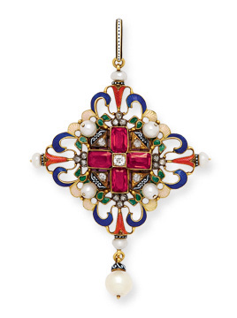 18-karat gold Renaissance Revival lozenge-shaped gem-set pendant with garnets, pearls, rose-cut diamonds, polychrome enamel, and pearl drop. By Carlo Giuliano, circa 1880.
